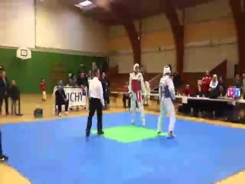 Championnat d'auvergne Taekwondo Combat -74 kg